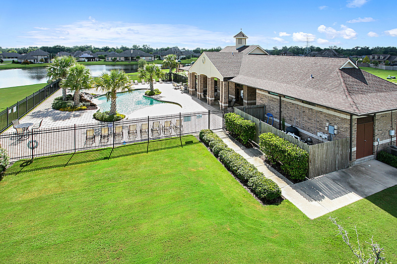 Ashton's community center includes a gated pool area and is located right on the lake near a lovely walking path and a charming gazebo.